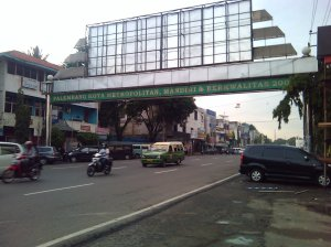 Penampakan jalan Kolonel Atmo, Palembang