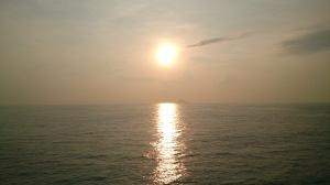 Matahari terbit di selat Sunda